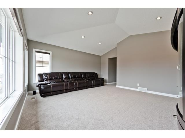 Photo 12: 72 WALDEN TC SE in Calgary: Walden House for sale : MLS(r) # C4120026