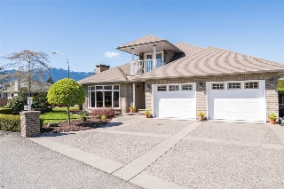 "Main Photo: 46093 HOPE RIVER Road in Chilliwack: Fairfield Island House for sale in ""FAIRFIELD ISLAND"" : MLS(r) # R2181442"