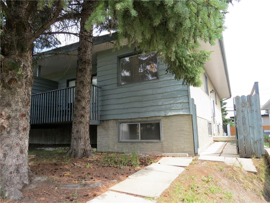 Main Photo: 5806 DALGLEISH Road NW in Calgary: Dalhousie House for sale : MLS(r) # C4126998