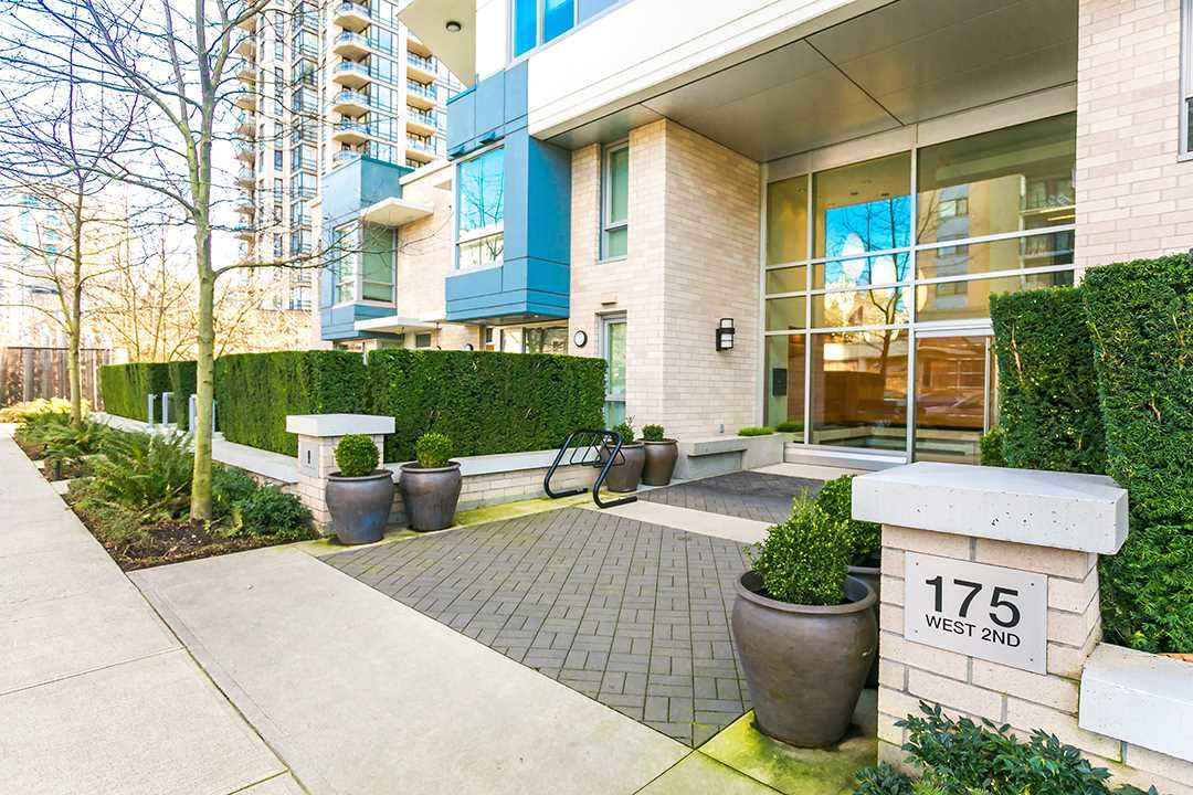 Main Photo: 705 175 W 2ND Street in North Vancouver: Lower Lonsdale Condo for sale : MLS(r) # R2191215