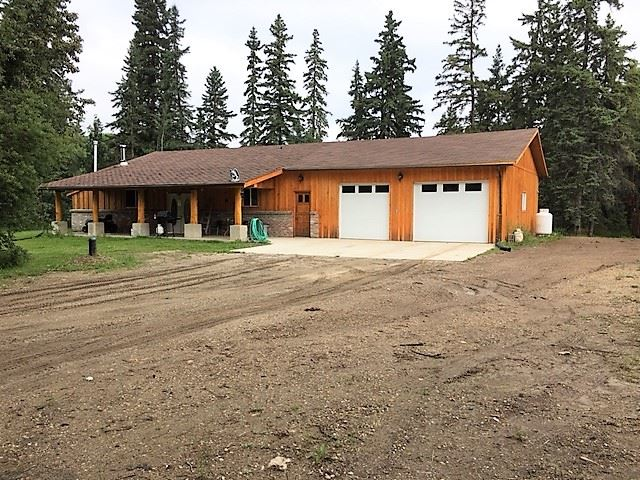 Main Photo: 54530 Twp Road 540: Rural Lac Ste. Anne County House for sale : MLS® # E4077752