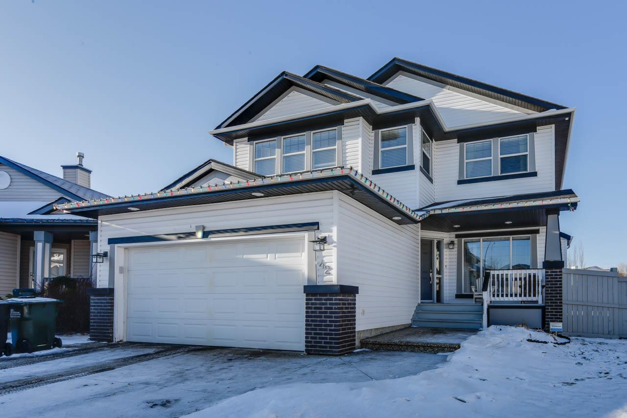 Main Photo: 42 Highgrove Court: Sherwood Park House for sale : MLS® # E4092166