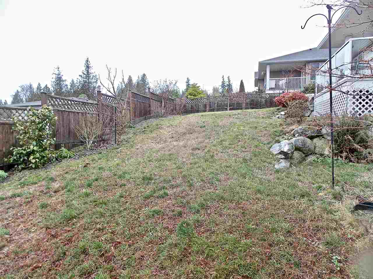 "Photo 20: Photos: 5703 CARTIER Road in Sechelt: Sechelt District House for sale in ""WEST SECHELT - CASCADE HEIGHTS"" (Sunshine Coast)  : MLS® # R2233476"