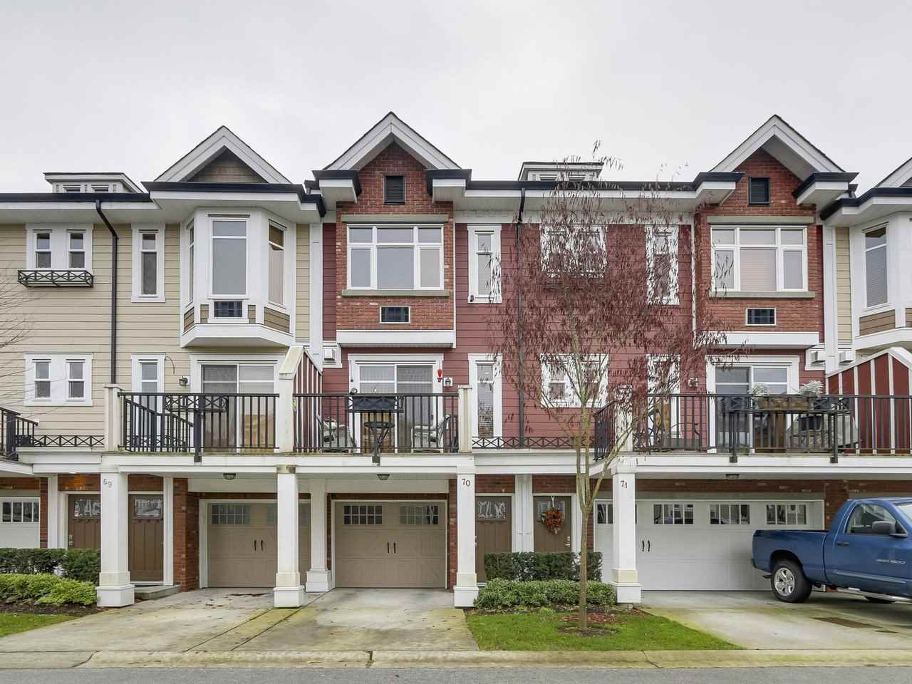 Main Photo: 70 20738 84 Avenue in Langley: Willoughby Heights Townhouse for sale : MLS® # R2239410