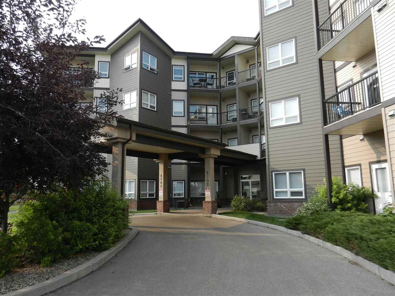 Main Photo: 411 8702 Southfort Drive: Fort Saskatchewan Condo for sale : MLS® # E4096608