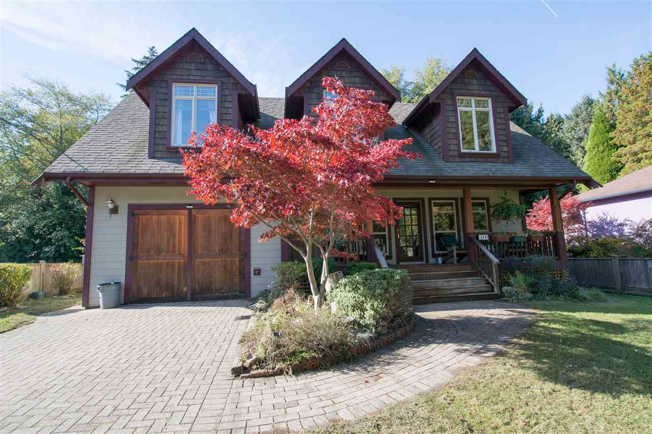 Main Photo: 319 BURNS Road in Gibsons: Gibsons & Area House for sale (Sunshine Coast)  : MLS®# R2313137
