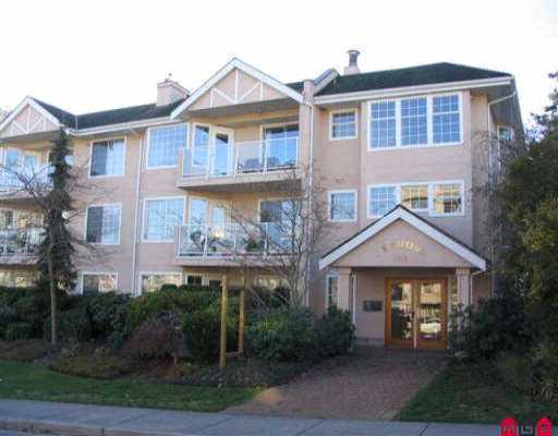 "Main Photo: 306 1369 GEORGE ST: White Rock Condo for sale in ""CAMEO TERRACE"" (South Surrey White Rock)  : MLS® # F2525929"
