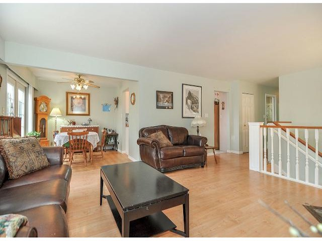 Photo 4: 21695 EXETER Avenue in Maple Ridge: West Central House for sale : MLS® # V1046694