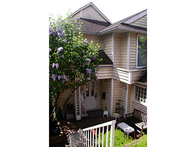 Main Photo: 1856 MARINE Drive in Vancouver: Fraserview VE House for sale (Vancouver East)  : MLS®# V1063979