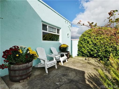 Photo 16: 318 Clifton Terrace in VICTORIA: Es Saxe Point Single Family Detached for sale (Esquimalt)  : MLS(r) # 357253