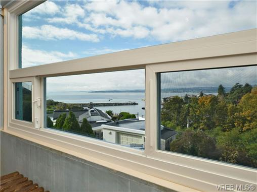 Photo 12: 318 Clifton Terrace in VICTORIA: Es Saxe Point Single Family Detached for sale (Esquimalt)  : MLS(r) # 357253