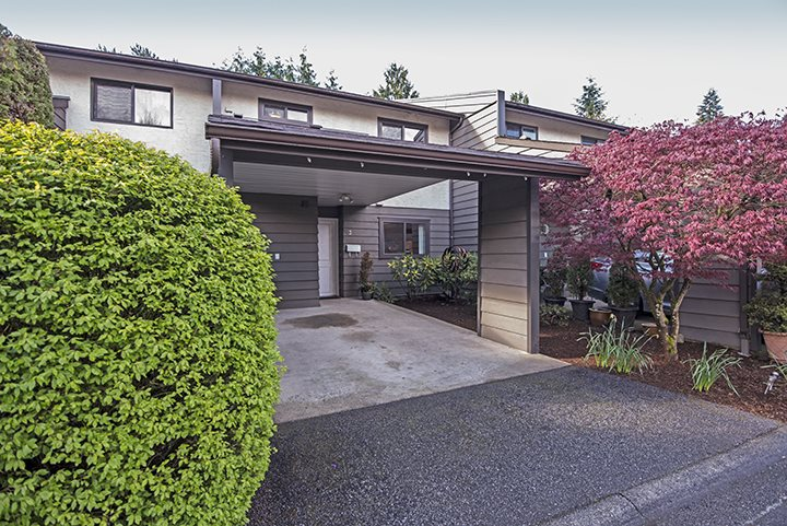 Main Photo: 3 3341 DEWDNEY TRUNK Road in Port Moody: Port Moody Centre Townhouse for sale : MLS®# R2053731