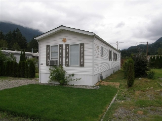 Main Photo: 44 65367 KAWKAWA LAKE Road in Hope: Hope Kawkawa Lake Manufactured Home for sale : MLS® # R2077545