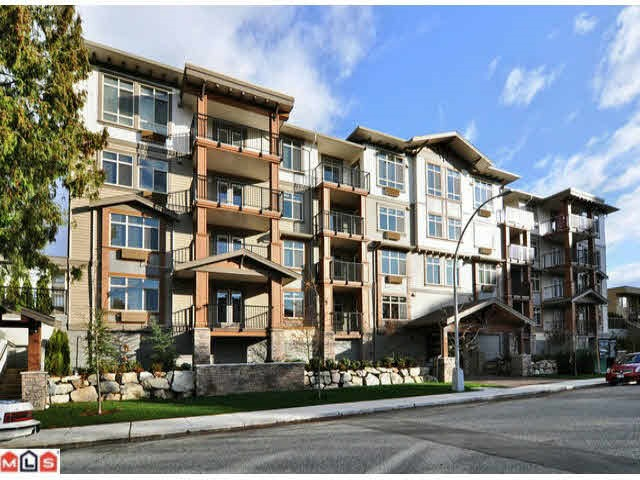 "Main Photo: 406 45665 PATTEN Avenue in Chilliwack: Chilliwack W Young-Well Condo for sale in ""SIERRA GRANDE"" : MLS®# R2080609"