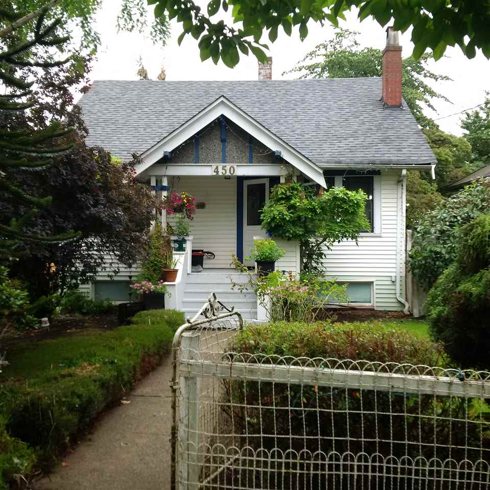 Main Photo: 450 KELLY Street in New Westminster: Sapperton House for sale : MLS®# R2088882