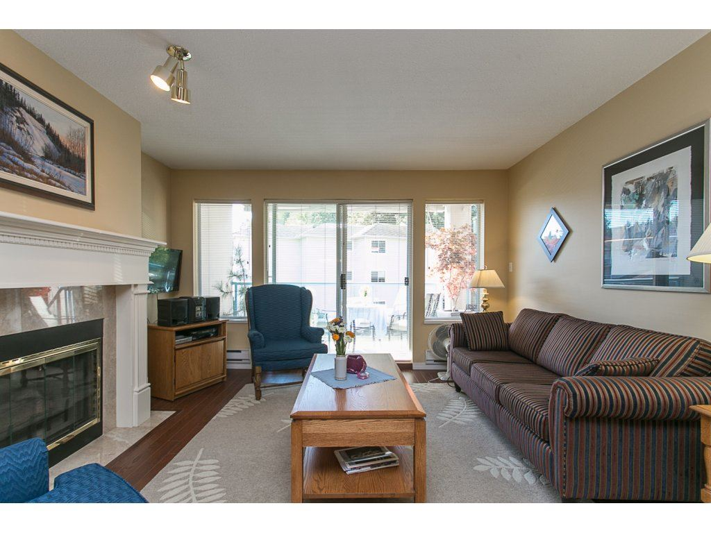 "Photo 8: 209 33110 GEORGE FERGUSON Way in Abbotsford: Central Abbotsford Condo for sale in ""Tiffany Park"" : MLS® # R2110193"