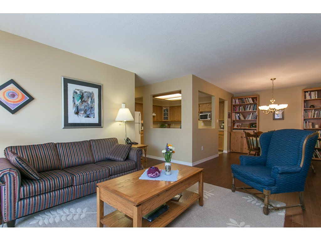 "Photo 11: 209 33110 GEORGE FERGUSON Way in Abbotsford: Central Abbotsford Condo for sale in ""Tiffany Park"" : MLS® # R2110193"