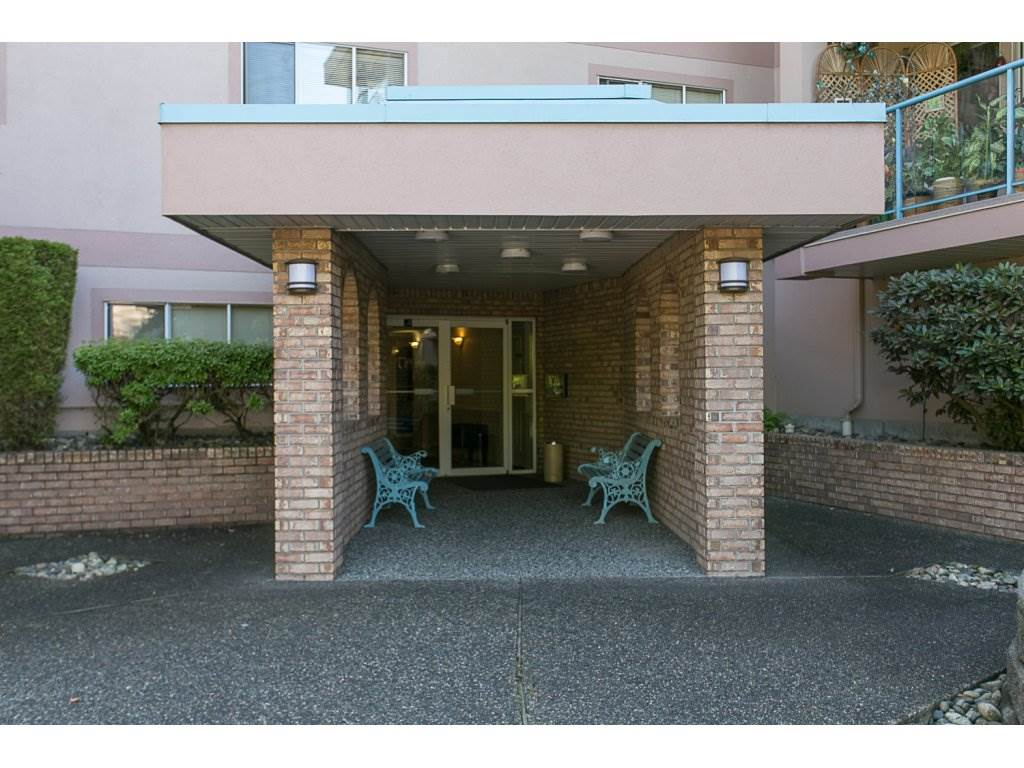 "Photo 2: 209 33110 GEORGE FERGUSON Way in Abbotsford: Central Abbotsford Condo for sale in ""Tiffany Park"" : MLS® # R2110193"