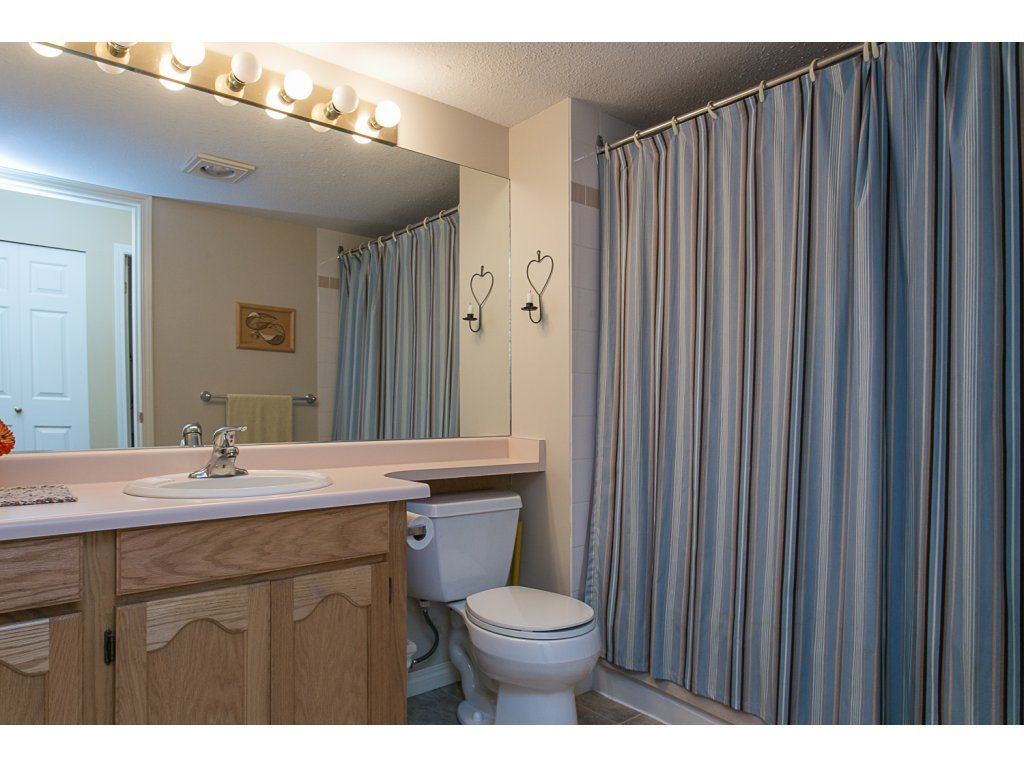 "Photo 18: 209 33110 GEORGE FERGUSON Way in Abbotsford: Central Abbotsford Condo for sale in ""Tiffany Park"" : MLS® # R2110193"