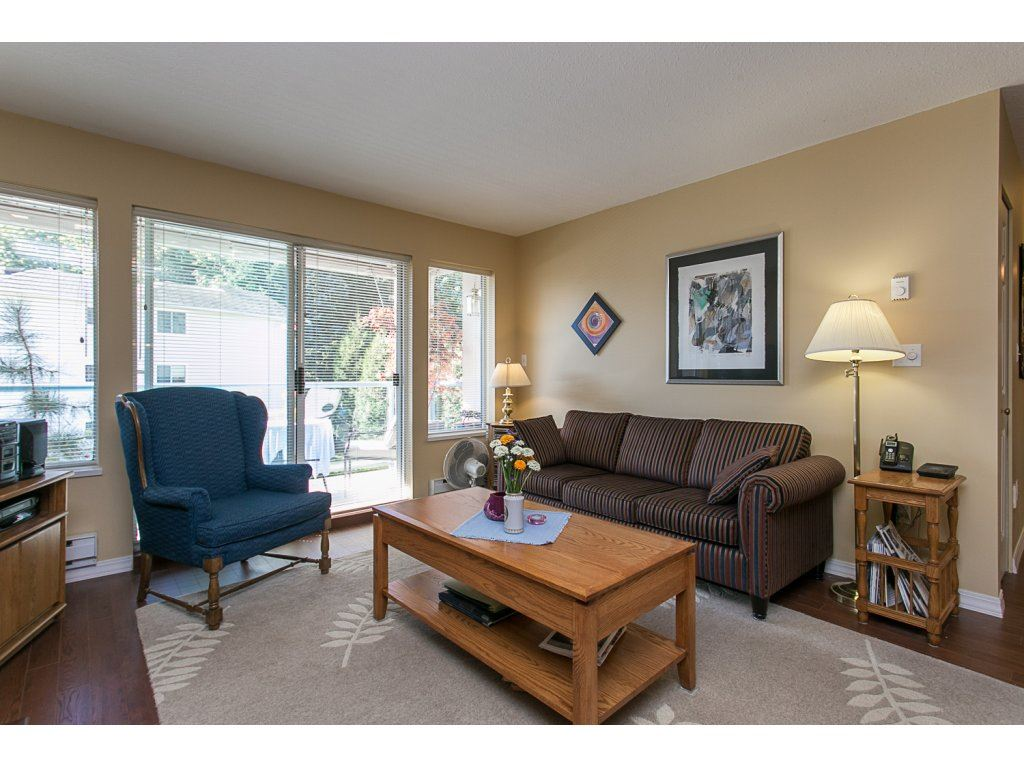 "Photo 9: 209 33110 GEORGE FERGUSON Way in Abbotsford: Central Abbotsford Condo for sale in ""Tiffany Park"" : MLS® # R2110193"