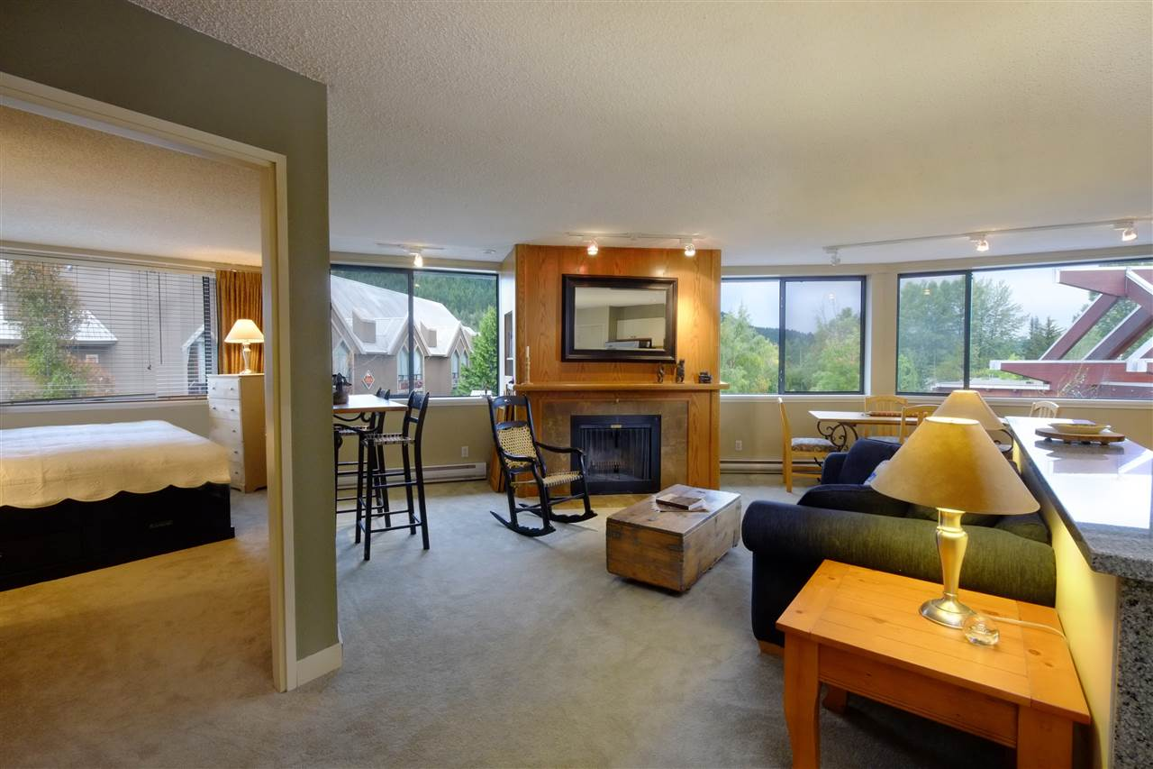 "Main Photo: 301 4111 GOLFERS APPROACH in Whistler: Whistler Village Condo for sale in ""WINDWHISTLER"" : MLS® # R2126720"