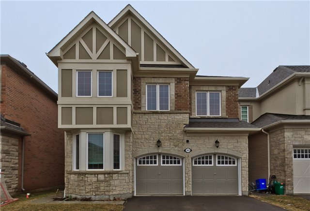 Main Photo: 182 Mcwilliams Crescent in Oakville: Rural Oakville House (2-Storey) for lease : MLS® # W3714517