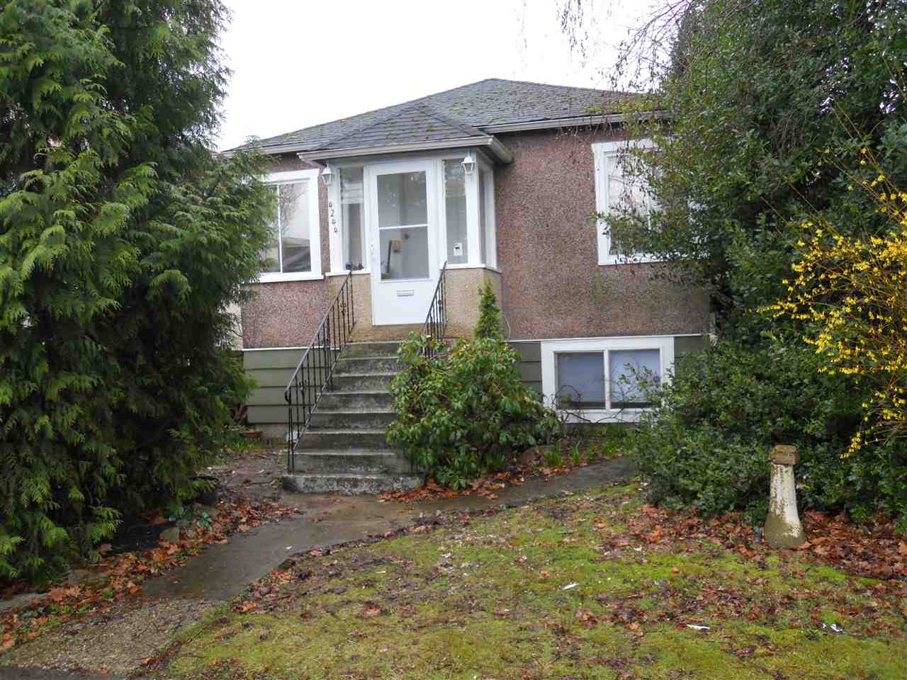 Main Photo: 4244 PENDER Street in Burnaby: Willingdon Heights House for sale (Burnaby North)  : MLS® # R2149678