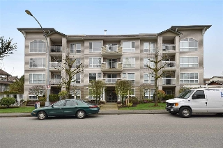 "Main Photo: 101 32120 MT WADDINGTON Avenue in Abbotsford: Abbotsford West Condo for sale in ""The Laurelwood"" : MLS(r) # R2157664"