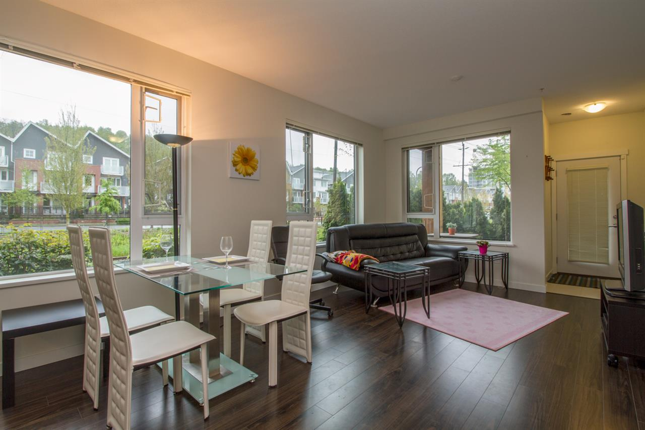 "Main Photo: 106 3133 RIVERWALK Avenue in Vancouver: Champlain Heights Condo for sale in ""NEW WATER"" (Vancouver East)  : MLS(r) # R2163500"