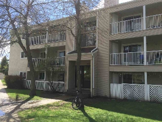 Main Photo: 303 379 WOODBRIDGE WAY: Sherwood Park Condo for sale : MLS® # E4064034