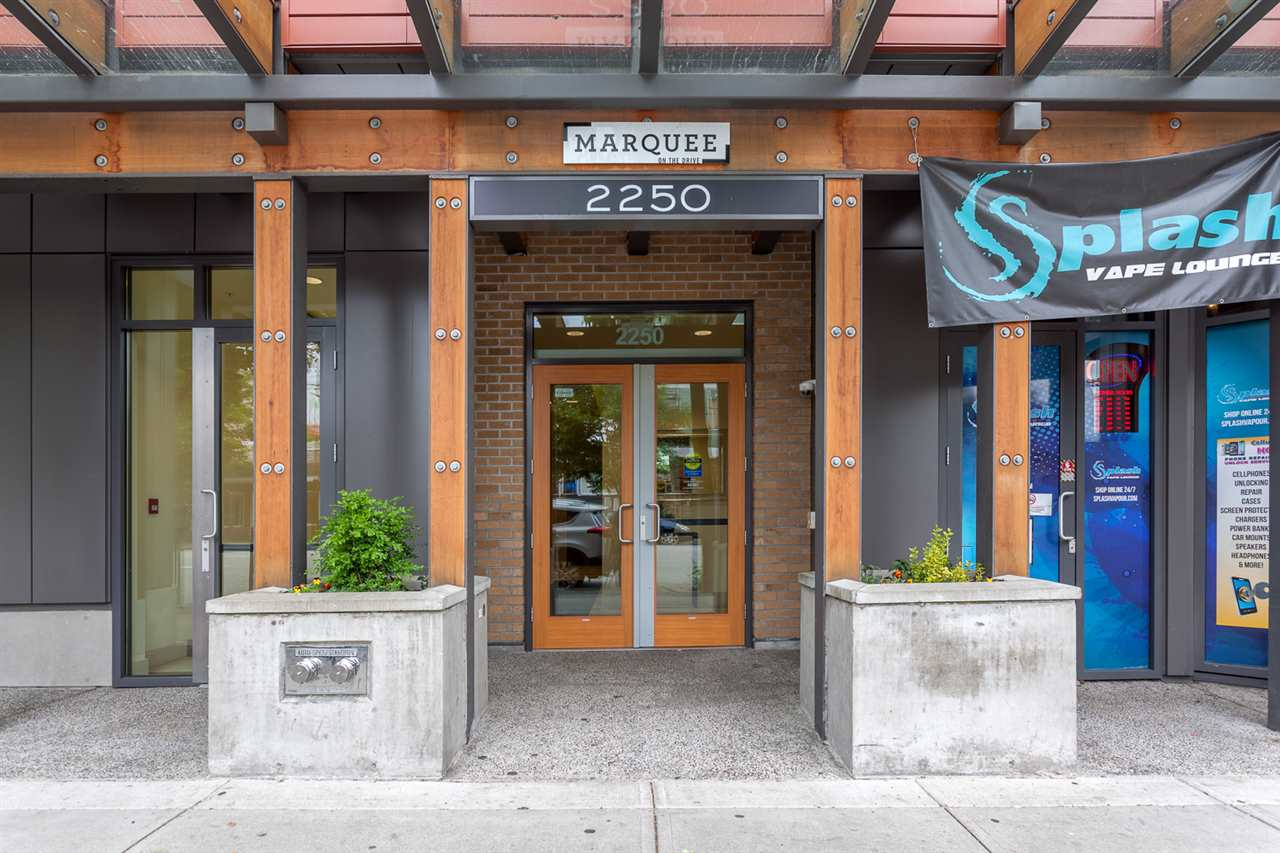 "Photo 3: 217 2250 COMMERCIAL Drive in Vancouver: Grandview VE Condo for sale in ""MARQUEE"" (Vancouver East)  : MLS® # R2173556"