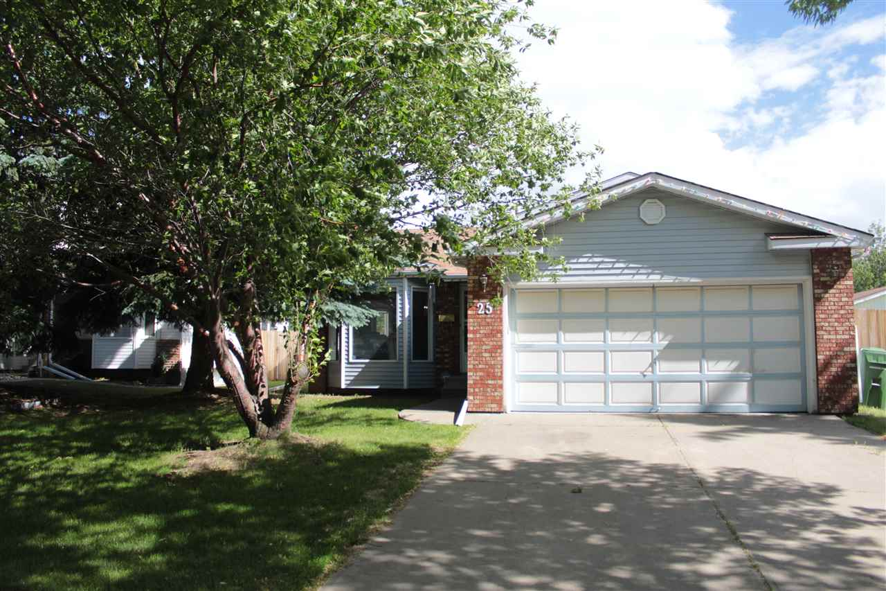 Main Photo: 25 ALDERWOOD Boulevard: St. Albert House for sale : MLS(r) # E4070416