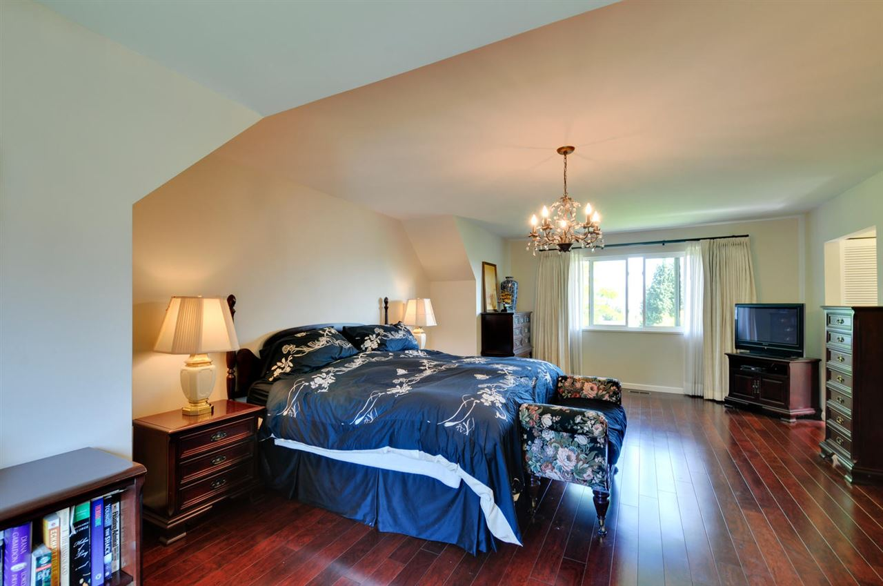 Photo 11: 6396 CHARING COURT in Burnaby: Buckingham Heights House for sale (Burnaby South)  : MLS® # R2183844