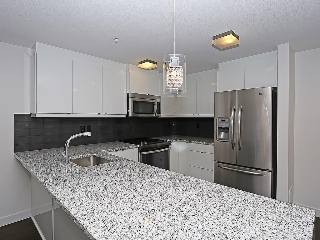 Main Photo: 209 45 Aspenmont Heights SW in Calgary: Aspen Woods Condo for sale : MLS® # C4126243