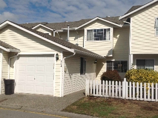 "Main Photo: 404 20675 118 Avenue in Maple Ridge: Southwest Maple Ridge Townhouse for sale in ""ARBORWYNDE"" : MLS® # R2207694"