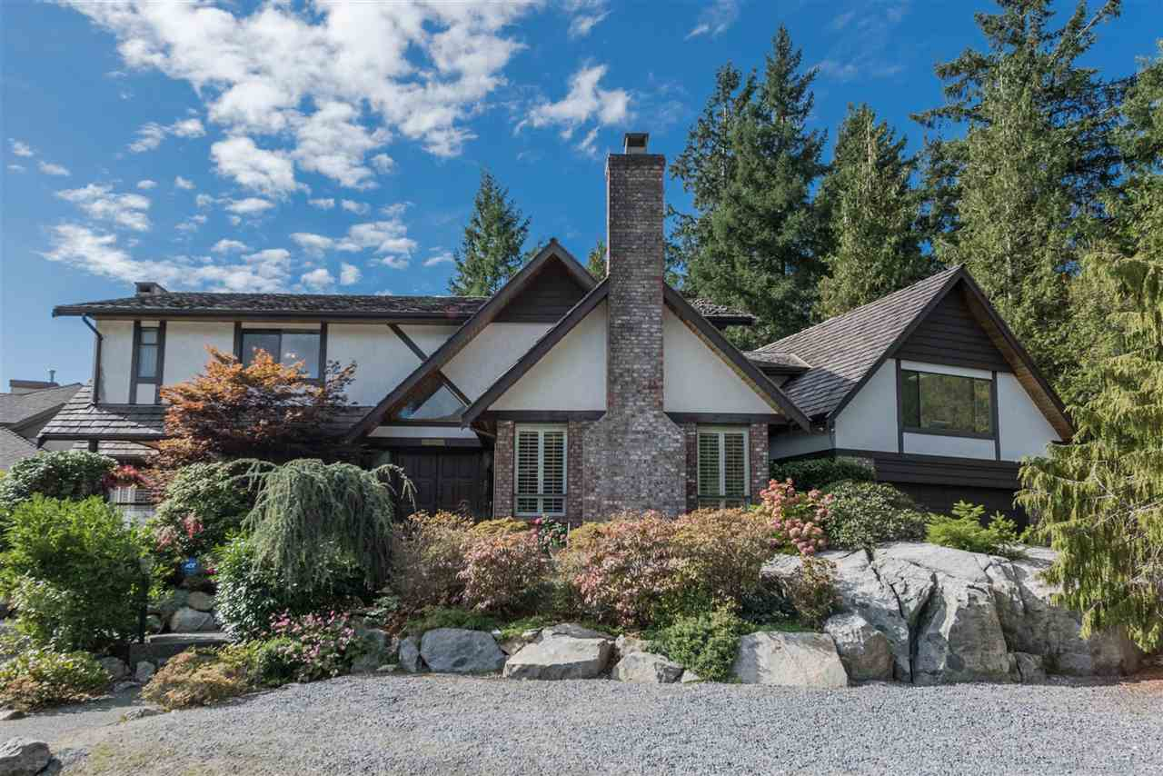 "Main Photo: 5007 PINETREE Crescent in West Vancouver: Upper Caulfeild House for sale in ""Caulfield"" : MLS® # R2208440"