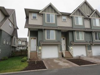 "Main Photo: 46 6498 SOUTHDOWNE Place in Sardis: Sardis East Vedder Rd Townhouse for sale in ""VILLAGE GREEN"" : MLS® # R2238637"