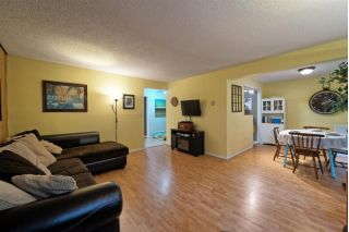 "Main Photo: 859 WESTVIEW Crescent in North Vancouver: Upper Lonsdale Condo for sale in ""Cypress Gardens"" : MLS® # R2255255"