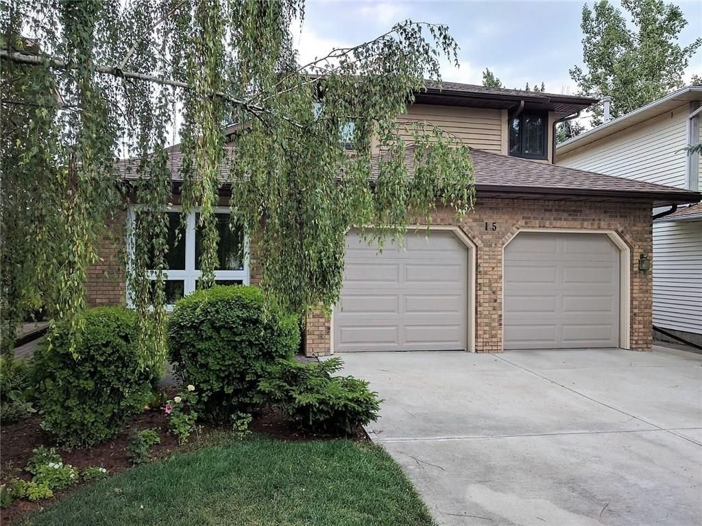 Main Photo: 15 Millbank Drive SW in Calgary: Millrise House for sale : MLS®# C4177612