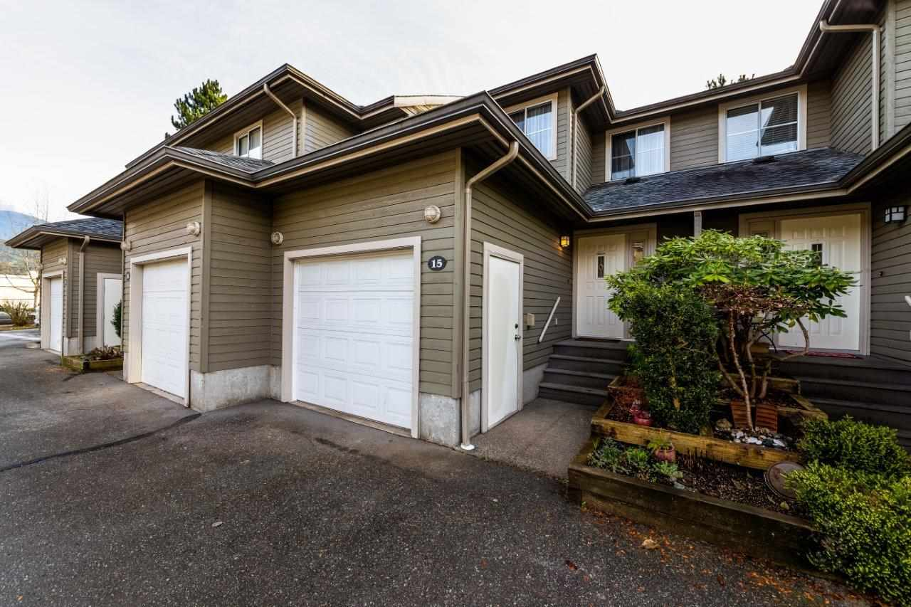 FEATURED LISTING: 15 - 40200 GOVERNMENT Road Squamish