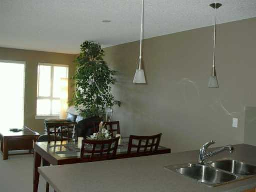 Photo 6:  in CALGARY: Lincoln Park Condo for sale (Calgary)  : MLS(r) # C3144211