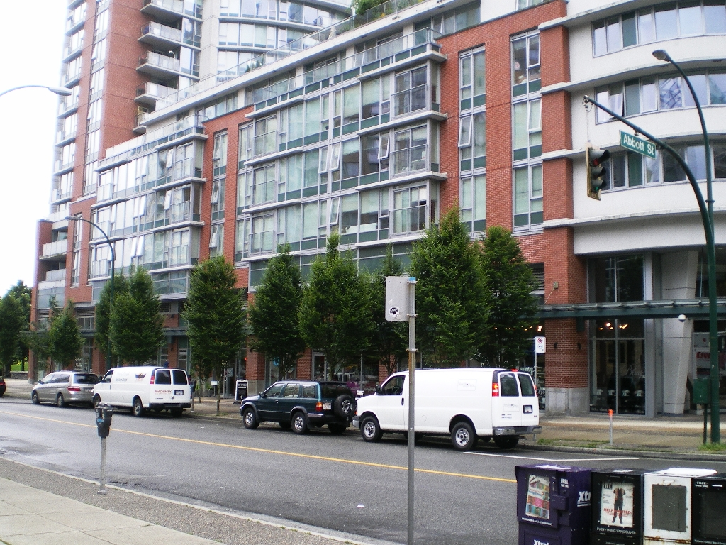 "Photo 13: # 515 -  618 Abbott Street in Vancouver: Downtown VW Condo for sale in ""FIRENZE"" (Vancouver West)  : MLS(r) # V897387"