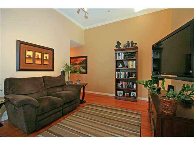"Photo 6: 406 3075 PRIMROSE Lane in Coquitlam: North Coquitlam Condo for sale in ""LAKESIDE TERRACE"" : MLS® # V910059"