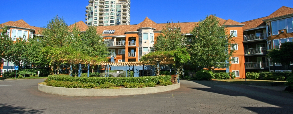 "Photo 12: 406 3075 PRIMROSE Lane in Coquitlam: North Coquitlam Condo for sale in ""LAKESIDE TERRACE"" : MLS® # V910059"