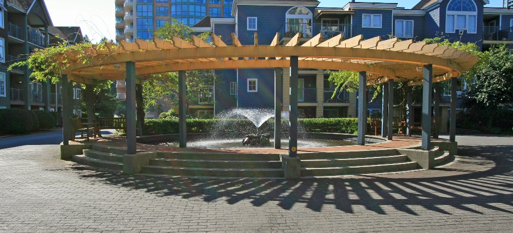 "Photo 18: 406 3075 PRIMROSE Lane in Coquitlam: North Coquitlam Condo for sale in ""LAKESIDE TERRACE"" : MLS® # V910059"