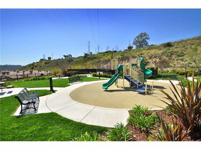 Photo 11: MISSION VALLEY Townhome for sale : 3 bedrooms : 2653 Prato Lane in San Diego