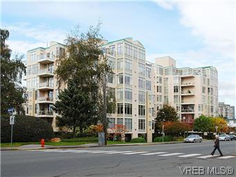 Main Photo: 620 188 Douglas Street in VICTORIA: Vi James Bay Condo Apartment for sale (Victoria)  : MLS® # 303638