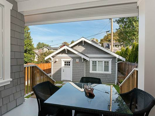 Photo 9: 3979 W 24TH Avenue in Vancouver: Dunbar House for sale (Vancouver West)  : MLS® # V996394