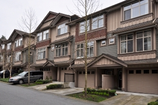 Main Photo: 22 21661 88 Avenue in Langley: Walnut Grove Home for sale : MLS® # F1208183