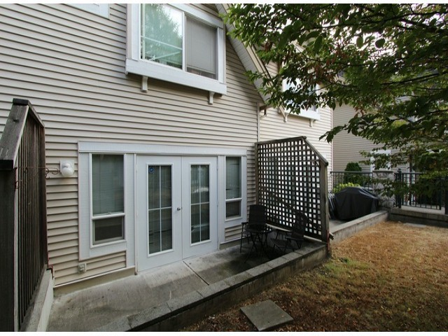 "Photo 8: 34 15488 101A Avenue in Surrey: Guildford Townhouse for sale in ""Cobblefield Lane"" (North Surrey)  : MLS® # F1324570"